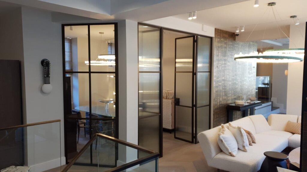 Internal-bronze-and-steel-doors-DesignPlus